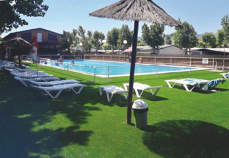 Camping navarrete campings la rioja for Camping en la rioja con piscina